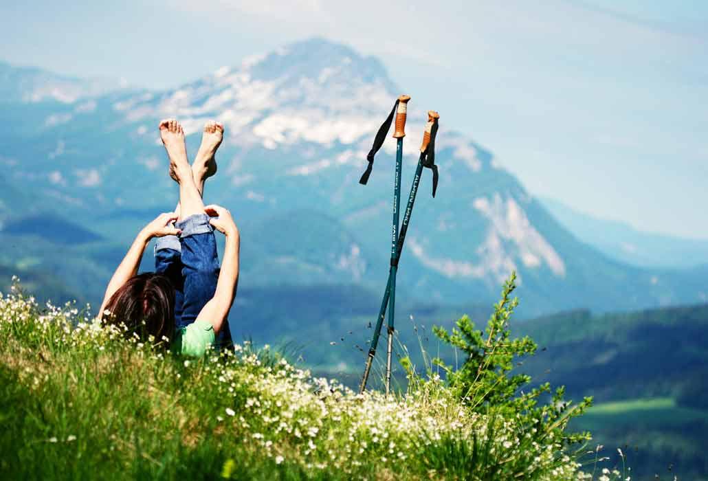 Wanderer am Annaberg im Sommer